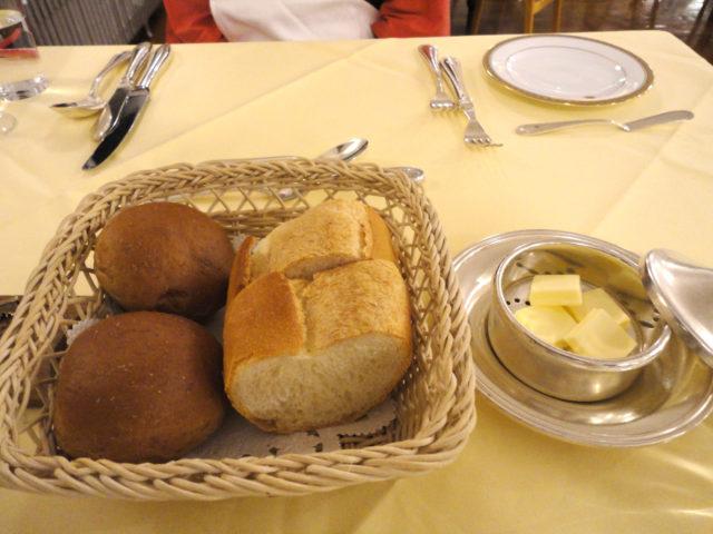 金谷ホテル・食事(パン)